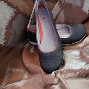 Clarks Flats Shoes